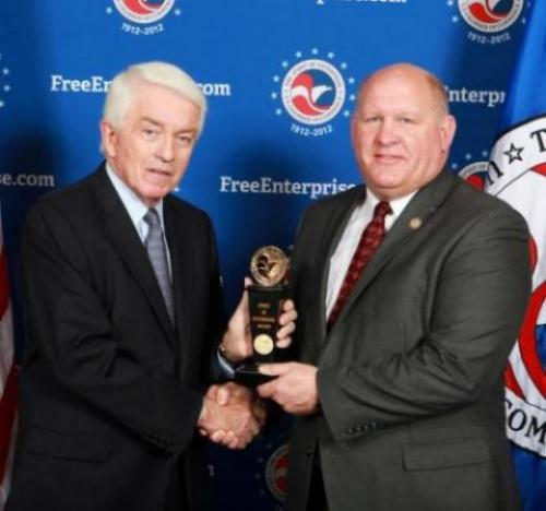 "Thompson receives ""Spirit of Enterprise"" Award from U.S. Chamber President"