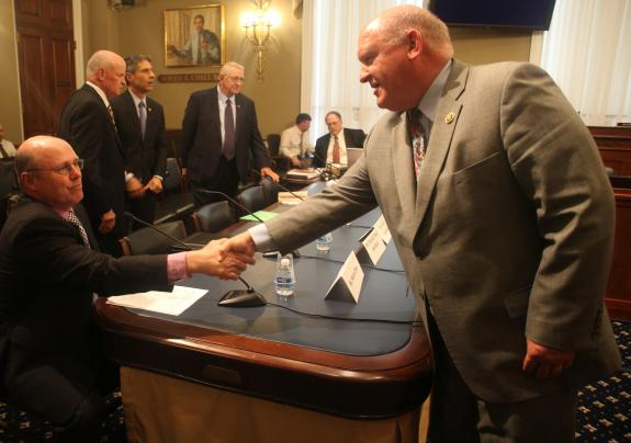 Thompson's Cooperative Management of Mineral Rights Act Subject of House Committee Hearing