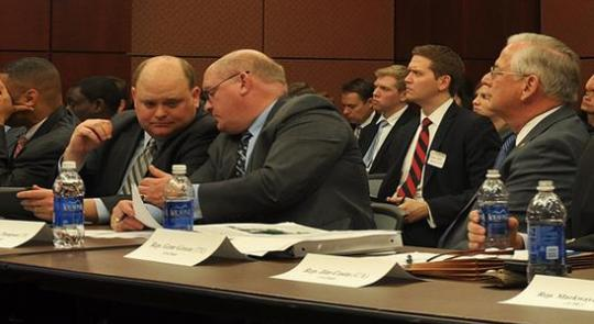 Natural Gas Caucus Holds Organizational Meeting and First Panel Briefing for 113th Congress  feature image